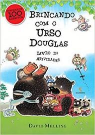 Brincando com o Urso Douglas