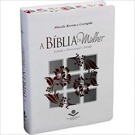 Biblia da Mulher RC - Media - Luxo - Branca Florida